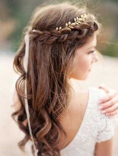 10 Pretty Braided Wedding Hairstyles: #9. Braided Fringe with Loose Curls  – Easy, Wedding Hairstyles