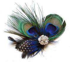 Perfect your peacock Halloween costume look using a peacock hairclip
