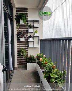 Small Balcony Design, Small Balcony Garden, Small Balcony Decor, Home Garden Design, Home Room Design, Home And Garden, House Design, Apartment Balcony Garden, Apartment Balcony Decorating