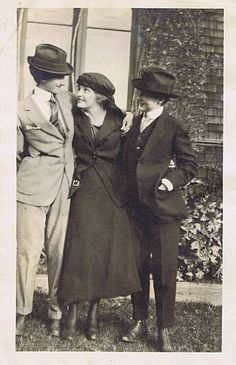 Drag and Kings - Vintage Lesbian, Vintage Couples, Vintage Ladies, Lesbian Pride, Lesbian Love, Vintage Pictures, Vintage Images, Lgbt History, Androgyny