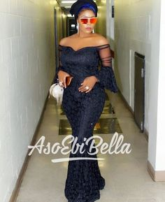 It's time for a new edition! An is a wedding guest {bella} looking stunning in aso-ebi – the fabric/colours of the day, at a - AsoEbi Bella. African Print Dresses, African Fashion Dresses, African Attire, African Wear, African Women, African Dress, African Prints, African Outfits, Ankara Fashion