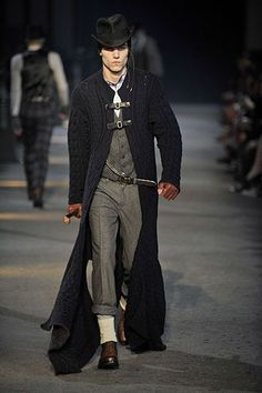 Alexander McQueen, Mens F/W 09-10 Milan