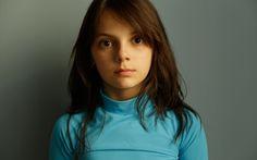 Dafne Keen.  I loved her in Logan!