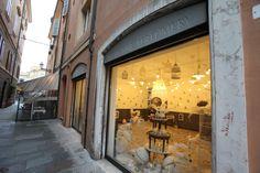 Avery Fine Perfumery storefront in Modena, Italy.