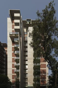 South 5053 Apartments / Shatotto