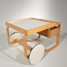 This is a rare tea trolley model 900 designed by Alvar Aalto for Artek, Finland, From the estate of the great composer Gary Geld and in good. Chinese Architecture, Modern Architecture House, Futuristic Architecture, Modern Houses, Le Corbusier, Tea Cart, Zaha Hadid Architects, Alvar Aalto, Scandinavian Modern