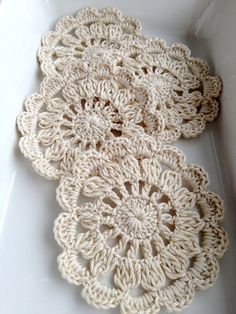 4 pieces Ivory Cream crochet coaster set in a by bidesign on Etsy, $12.00