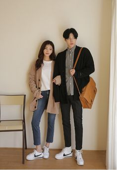 Korean Fashion – How to Dress up Korean Style – Designer Fashion Tips Korean Fashion Men, Fashion Tips For Women, Asian Fashion, Female Fashion, Fashion Black, Matching Couple Outfits, Matching Couples, Korean Couple, Ulzzang Couple