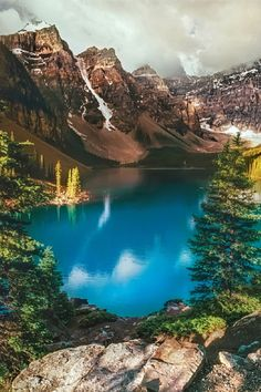 Moraine Lake, Alberta Yvonne Lacaille