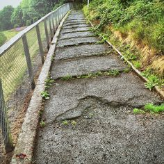 #thewalk #steep #uneven #WPH_10 #WPH_10_sceris #weeklyphotohunters #photohunt Photos from my travels
