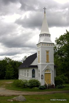 Sugar Hill, New Hampshire. I love this little church. People come from all over the country to get married here.