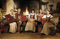 Familie Hauser (via @stanglwirt), www.stanglwirt.com