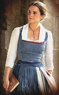 Disney live action Beauty and the Beast. Emma Watson as Belle. Hermione Granger, Grand Prince, Estilo Disney, Princesa Disney, Disney Beauty And The Beast, Emma Watson Beauty And The Beast, Emma Beauty, Disney And Dreamworks, Live Action
