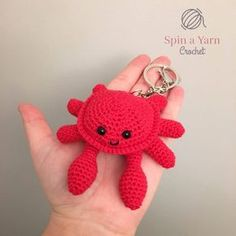 Scuttles the Crab Free Crochet Pattern