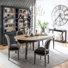 Extending round dining table 6 to 14 people / 325 Valencay Round Dining, Interior, Home, Farmhouse Dining Room, Dining Room Design, Round Dining Table, Dining Room Decor, Shabby Chic Dining, Shabby Chic Dining Room