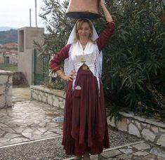 Η παραδοσιακή νυφιάτικη στολή από τα χέρια μιας μοναδικής τεχνίτριας - Meganisi Times Folk Dance, Folk Costume, Traditional Dresses, Greek Costumes, Greeks, Islands, Skirts, Clothes, Collection