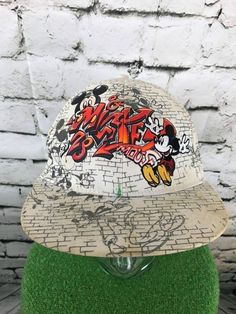 Disneyland Resort Mens O S Hat Multi Character Urban Graffiti Flat Bill Cap  Flaw   34be2e324cfa