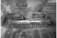 Dunkeld, Dunkeld Cathedral, Wolf of Badenoch's Tomb. View from above.