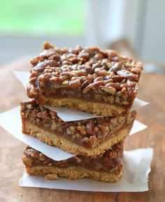 Maple Pecan Pie Bars using maple syrup and honey in replace of corn syrup!!!  The perfect pecan pie, without the work of making a traditional pie crust, plus no corn syrup.