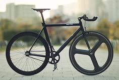 Bianchi fixed gear. Beauty!