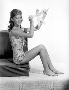 Sexy Feet, Vintage Beauty, Marilyn Monroe, Crushes, Actresses, Pageants, Theater, Movies, Zombies