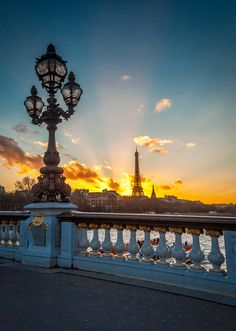 Le jour se lève © Mathieu Rivrin