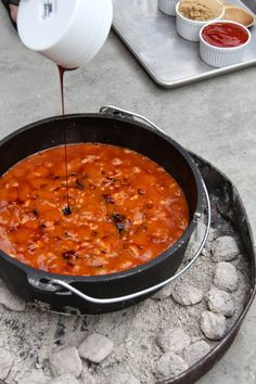 A Bountiful Kitchen: Dutch Oven Molasses Baked Beans