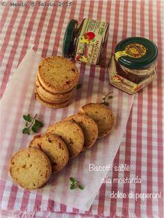 Biscotti di sablè con mostarda dolce di peperoni