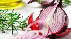 Cómo hacer jugo de cebolla para el fortalecimiento y crecimiento del cabello de forma rápida