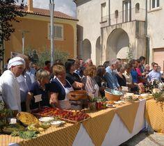 Manifestazione culinaria in piazza, San Lorenzello (BN) Italy