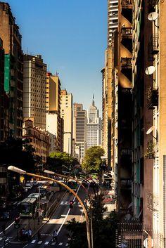 Av. São João, Sao Paulo, Brasil   by Junior AmoJr