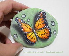 Piedra pintura monarca mariposa con gotas de por RockArtAttack