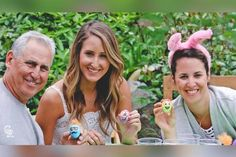 Bud Black has been married to Nanette Steffen for several years now. The couple who share two kids live a comfortable life together. In this article, let's learn in detail about Bud Black's daughters, Jessie Black, and Jamie Black, and what they are up to these days.