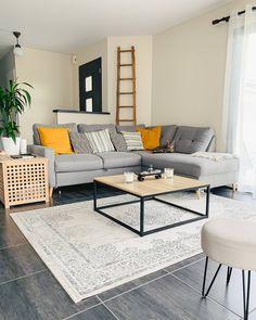 s=deco appartement gris - PDF documents Living Room Trends, Living Room Designs, Living Room Decor, Bedroom Decor, Corner Sofa Design, Grey Corner Sofa, Gray Sofa, Interior Design Living Room Warm, Modern Interior Design