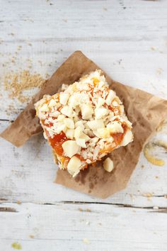 APRICOT WHITE CHOCOLATE MACADAMIA NUT BARS