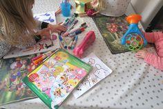 Creativiteit is zo fascinerend aan kinderen! Tekenen en kleuren, mijn peuter vindt het geweldig om creatief bezig te zijn! Ik deel je een hele handige mama TIP