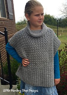 Fiona_pullover_with_cowl_crochet_pattern_in_grey_small2