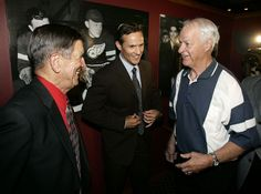 Steve Yzerman joins good company as he announces his retirement and talks with former Red Wings Ted Linsay (l) and Gordie Howe (r).   ( Daniel Mears / The Detroit News )