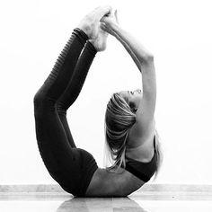 Alo Yoga Moto Legging #yoga   http://www.aloyoga.com/collection/moto-leggings?gclid=CI3-2uHHyMoCFQEdaQodffACPA