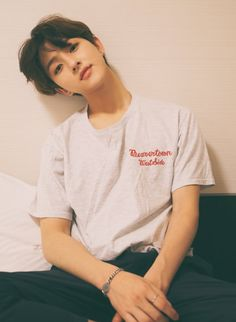 Find the hottest koreanboy stories you'll love. Read hot and popular stories about koreanboy on Wattpad. Korean Girl Ulzzang, Couple Ulzzang, Beautiful Boys, Pretty Boys, Cute Boys, Beautiful Places, Korean Boys Hot, Korean Men, Cute Asian Guys