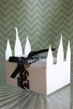 Temple Treat Boxes --  Set of 12. $4.75, via Etsy.