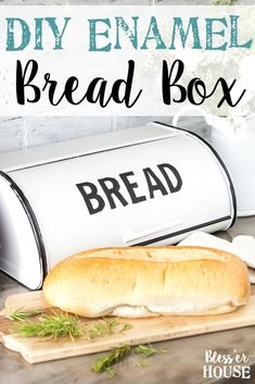 DIY Enamel Bread Box Makeover - Bless'er House Thrift find made into a kitchen bread box with black vintage letters. Painting Kitchen Cabinets, Kitchen Paint, Farmhouse Bread Boxes, Modern Farmhouse Kitchens, Farmhouse Style, Farmhouse Decor, Cottage Farmhouse, Cottage Style, Vintage Bread Boxes