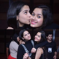 So beautiful standing beside jannat .she also with Anushka Sen .is she an actress. Stylish Girls Photos, Stylish Girl Pic, Stylish Kids, Teenage Girl Photography, Girl Photography Poses, Beautiful Bollywood Actress, Beautiful Actresses, Teen Celebrities, Celebs