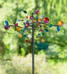 Our Horizontal Cups Wind Spinner is a delightful display of color and motion. Make your home stand out any time of year with a show-stopping statement that takes just minutes to set up. Kinetic Wind Spinners, Garden Wind Spinners, Wind Sculptures, Garden Stakes, Yard Art, Hearth, Modern Decor, Modern Design, Wind Chimes