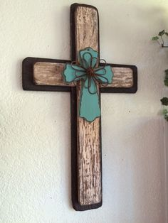 Reclaimed wood cross with 3 layers