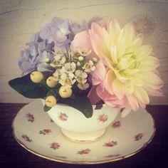 Wessex Flower Company - Vintage teacup arrangement - Dahlias. Vintage Flower Arrangements, Vintage Flowers, Wedding Flower Inspiration, Wedding Flowers, Wedding Ideas, Flower Company, Dahlias, Teacup, Cups