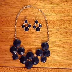 Necklace and earring set Navy Blue necklace and earring set! Accessories