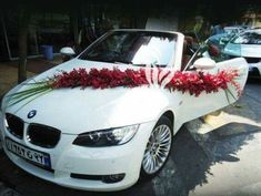 BMW Wedding Car Decoration Ideas With Flowers BMW Hochzeitsauto Dekoration Ideen mit Blumen Wedding Getaway Car, Wedding Cars, Bridal Car, Wedding Car Decorations, Wedding Details, Marriage, Wedding Inspiration, Wedding Photography, Bmw