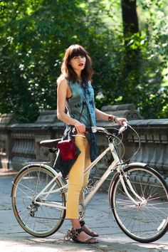 Natalie Suarez and her bike 2016