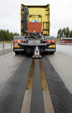 """Volvo """"electric road"""" batteryless EVF system. Volvo has been testing the technology at a 400 meter-long test track in a facility in Häll... .  Proof of concept only"""